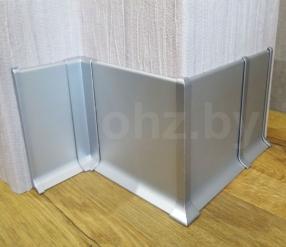 Плинтус алюминиевый PA100 с металлической фурнитурой