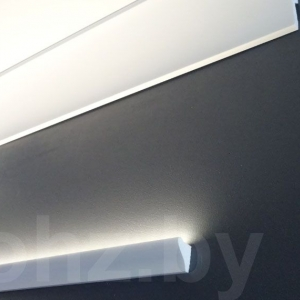 Карниз Kz029L с подсветкой в паре с карнизом Kz089L